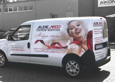 Aldemed - projekt, druk, oklejenie samochodu