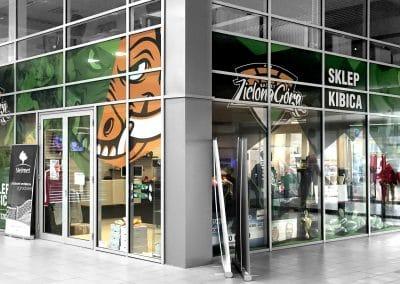 Basket Zielona Góra – sklep kibica, druk, oklejenie witryn