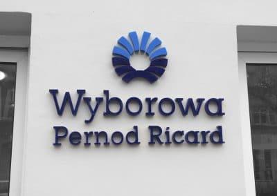 Wyborowa Pernod Ricard – logo na elewacji, litery wycinane laserem, styrodur, montaż