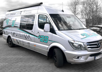 Zengi - oklejenie busa